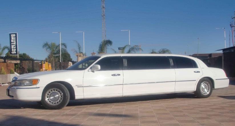 Limusina Lincoln 1 alquiler coches de boda madrid marbella ibiza barcelona valenciaa