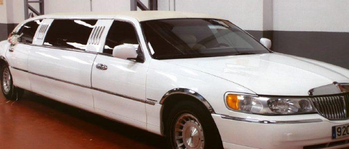 Limusina Lincoln 2 alquiler coches de boda madrid marbella ibiza barcelona valencia