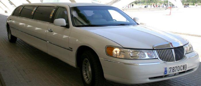 Limusina Lincoln 3 alquiler coches de boda madrid marbella ibiza barcelona valencia