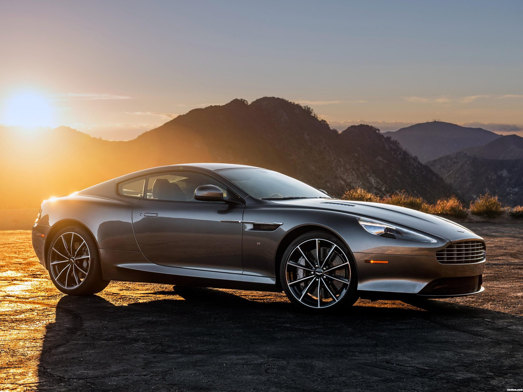 aston martin db9 alquiler alquiler venta renting de coches de lujo. Black Bedroom Furniture Sets. Home Design Ideas