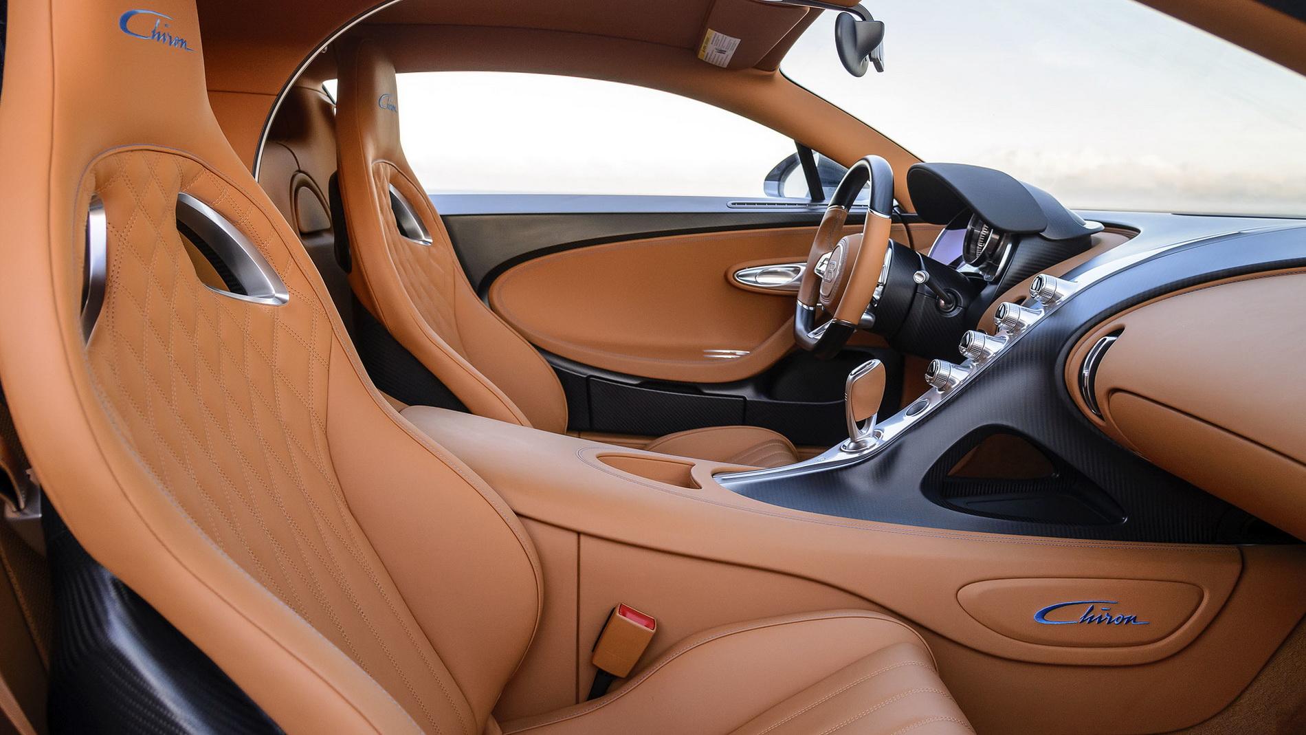 Bugatti Alquiler venta renting coches de lujo en Palma de Mallorca
