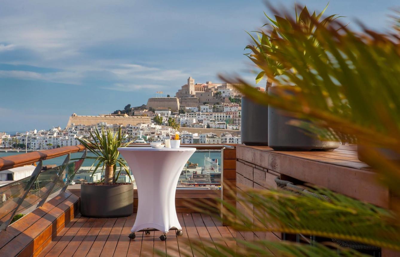 Jaguar Alquiler venta renting coches de lujo en Ibiza